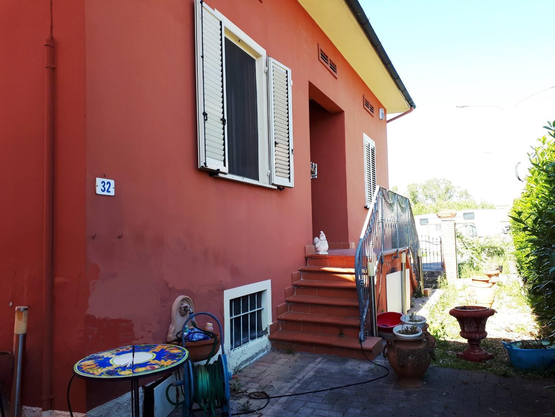 Viareggina in vendita a Montopoli in Val d'Arno (PI)