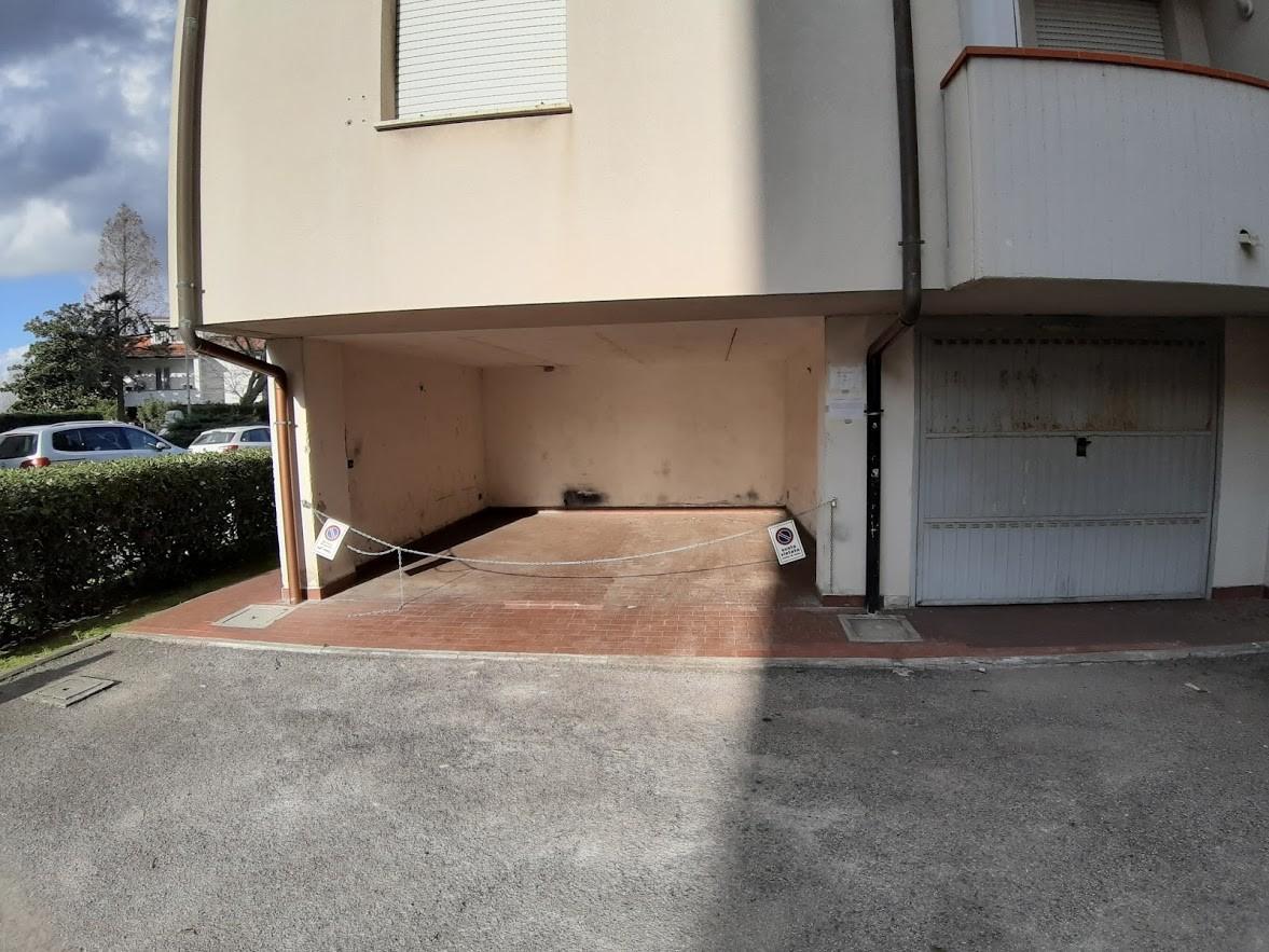 Posto auto in affitto a Pisa