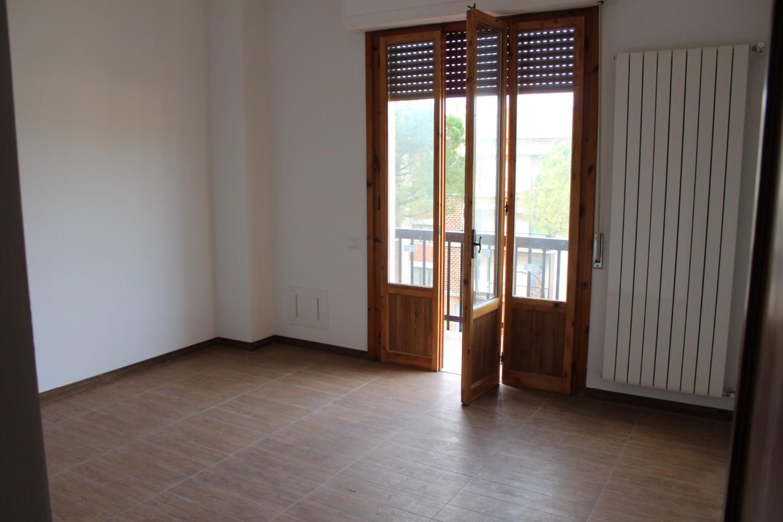 Appartamento in vendita a Castelfiorentino, 3 locali, prezzo € 130.000 | CambioCasa.it