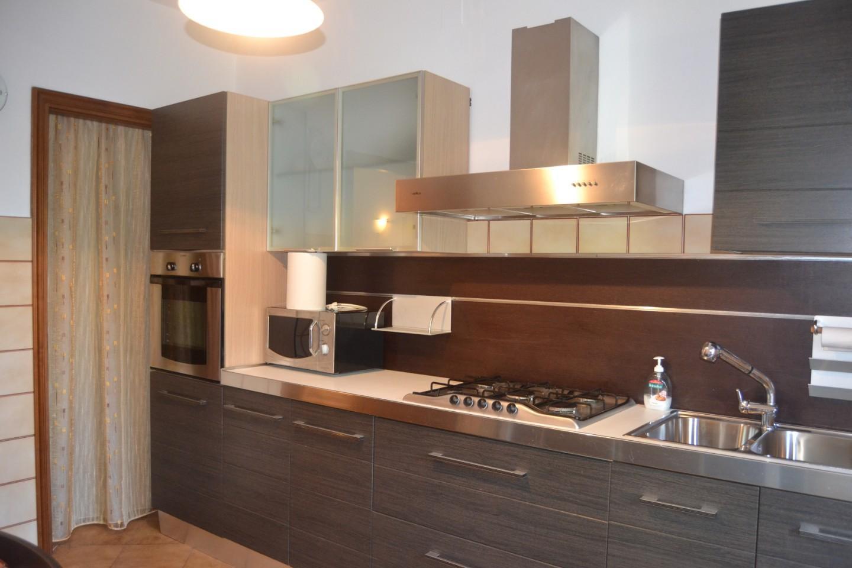Appartamento in affitto, rif. AC6742S