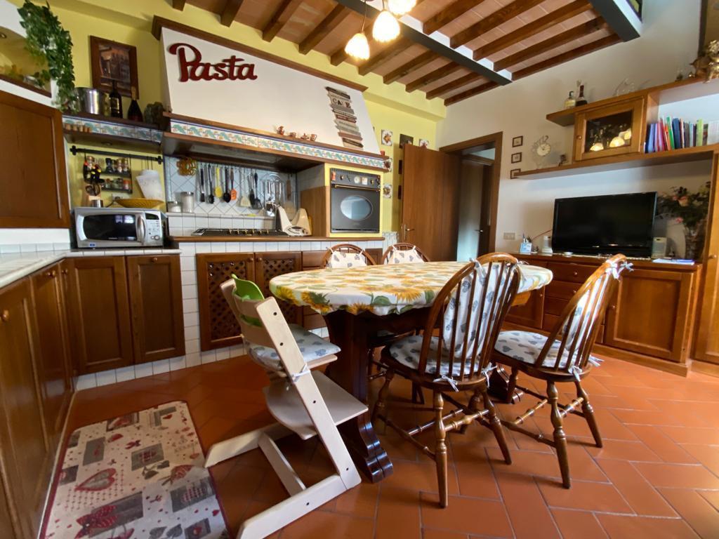 Villetta bifamiliare in affitto a Pontedera (PI)
