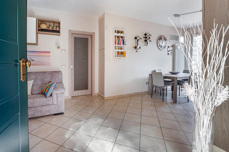 Appartamento in vendita, rif. 869V