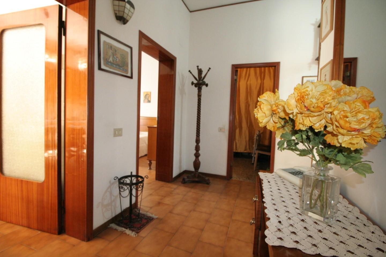 Appartamento in vendita a Poggibonsi, 4 locali, prezzo € 170.000 | PortaleAgenzieImmobiliari.it