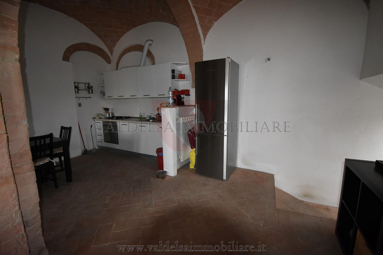 Appartamento in affitto, rif. 105-pa