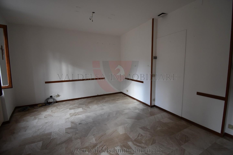Appartamento in vendita, rif. 585-e
