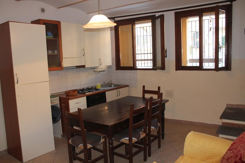 Appartamento in vendita a Palaia, 3 locali, prezzo € 68.000   CambioCasa.it
