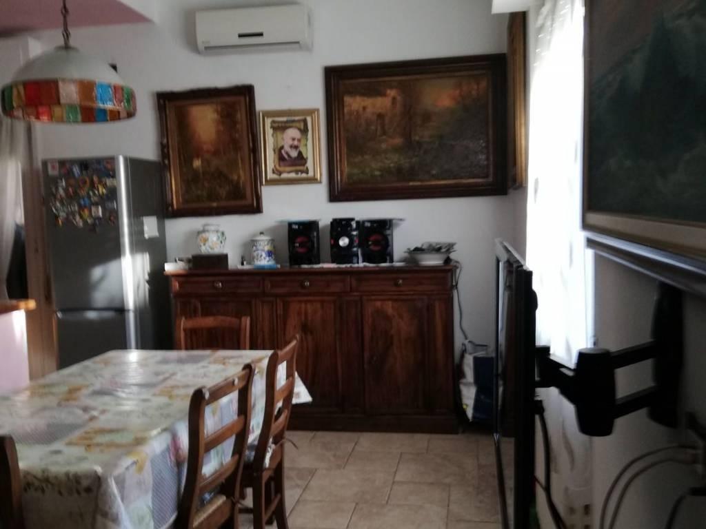 Villetta bifamiliare a Collesalvetti