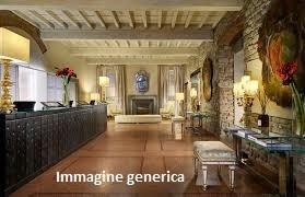 Albergo in vendita a Lucca, 20 locali, Trattative riservate | CambioCasa.it