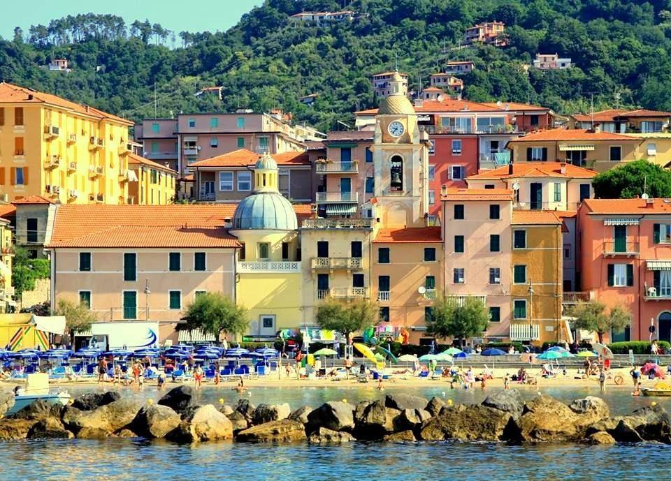 Appartamento in vendita a Lerici, 6 locali, prezzo € 298.000 | CambioCasa.it