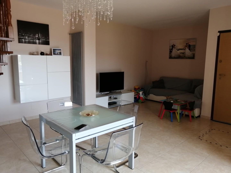 Appartamento in vendita a Calcinaia, 5 locali, prezzo € 159.000   PortaleAgenzieImmobiliari.it