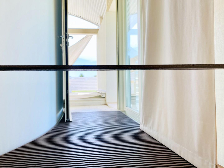Camera matrimoniale con bagno e terrazzo