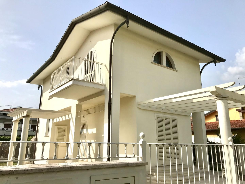 Villa singola in vendita, rif. LOG-442