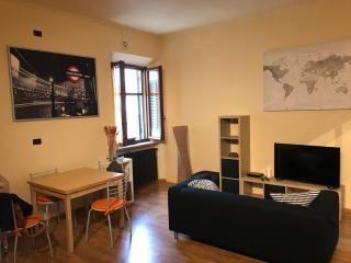 Appartamento in affitto, rif. AC6764S