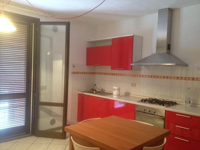 Appartamento in affitto a Pistoia, 2 locali, prezzo € 450 | PortaleAgenzieImmobiliari.it