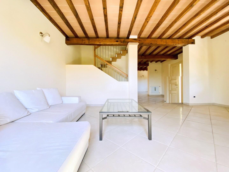 Villetta bifamiliare in affitto annuale a Camaiore (LU)