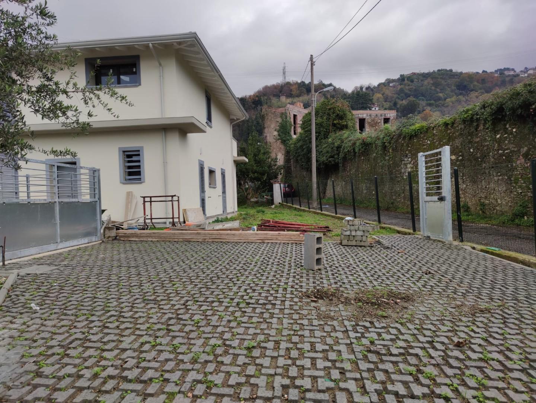 Villetta a schiera in vendita - Centro, Massa