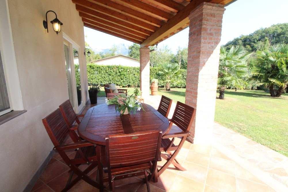 Villa singola in affitto - Montebello, Camaiore