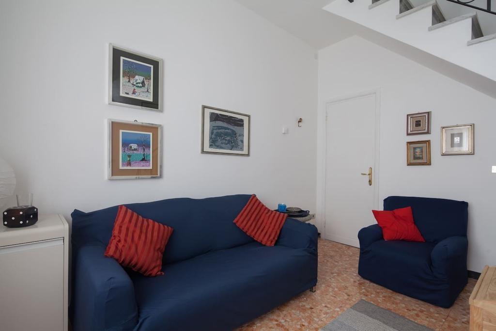 Casa semindipendente in affitto a Ameglia (SP)