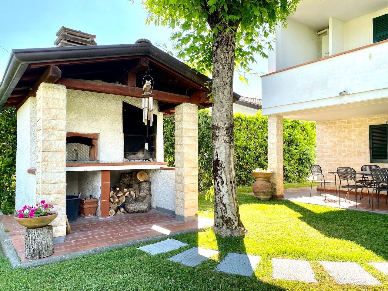 Villa singola in vendita, rif. LOG-450