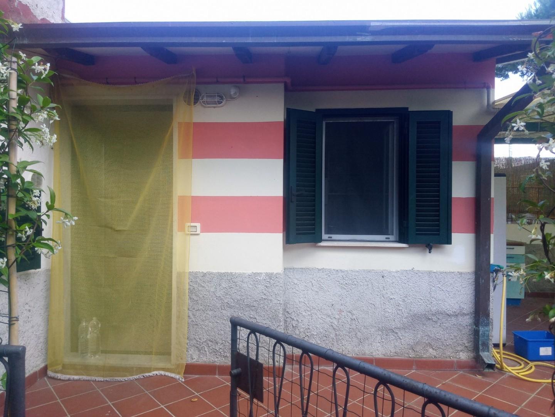 Appartamento in affitto a Carrara, 2 locali, Trattative riservate | CambioCasa.it