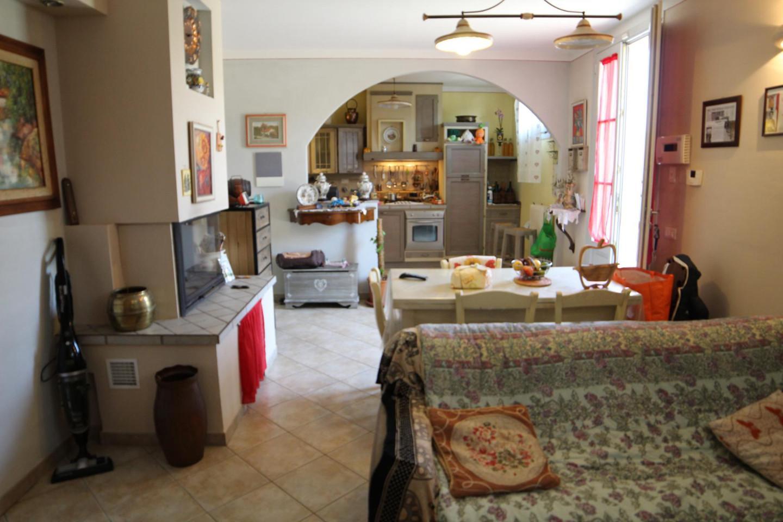 Appartamento in vendita a Vinci, 5 locali, prezzo € 180.000   PortaleAgenzieImmobiliari.it