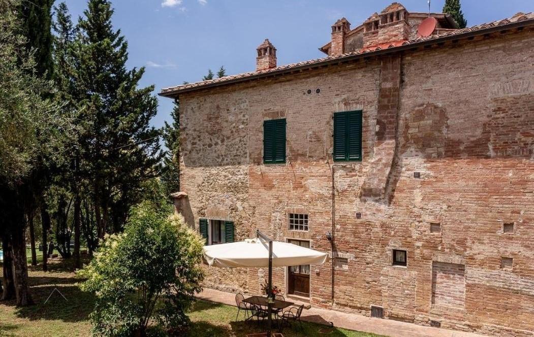 Porzione di casa in vendita a Montalbuccio, Siena