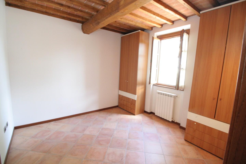 Porzione di casa in vendita, rif. SB364