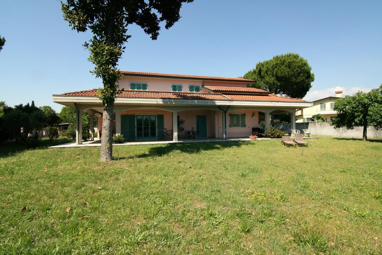 Villa singola - Marina Di Carrara, Carrara (3/28)