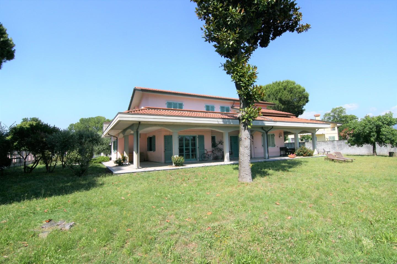 Villa singola - Marina Di Carrara, Carrara (2/28)