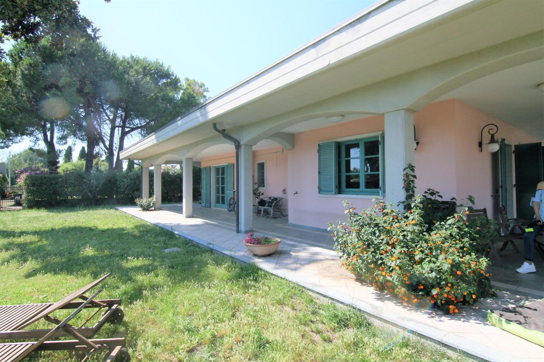 Villa singola - Marina Di Carrara, Carrara (7/28)