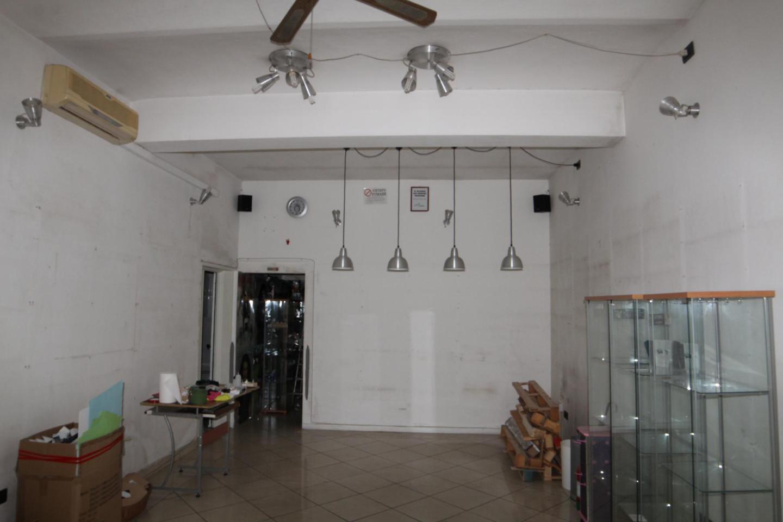 Negozio / Locale in vendita a Lamporecchio, 1 locali, prezzo € 50.000 | CambioCasa.it