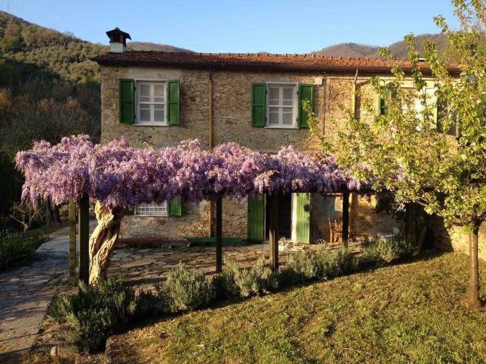 Casale in vendita a Castelnuovo Magra (SP)