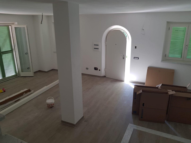Villetta a schiera angolare in vendita a Carrara (MS)