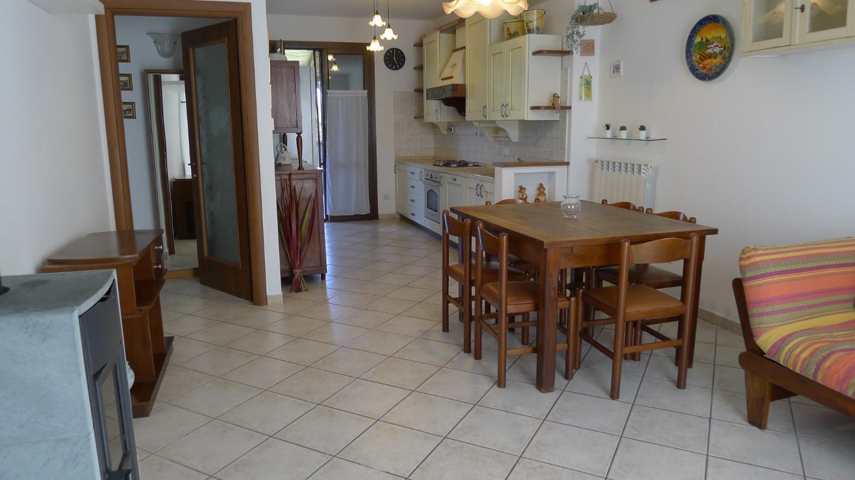 Appartamento in affitto, rif. A258