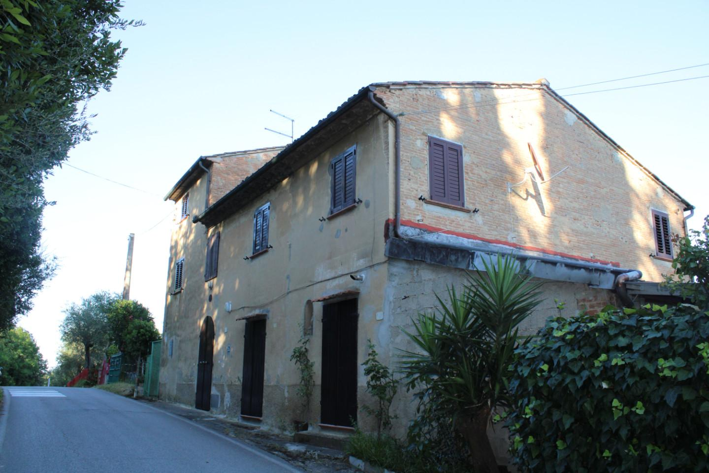 Colonica a Palaia