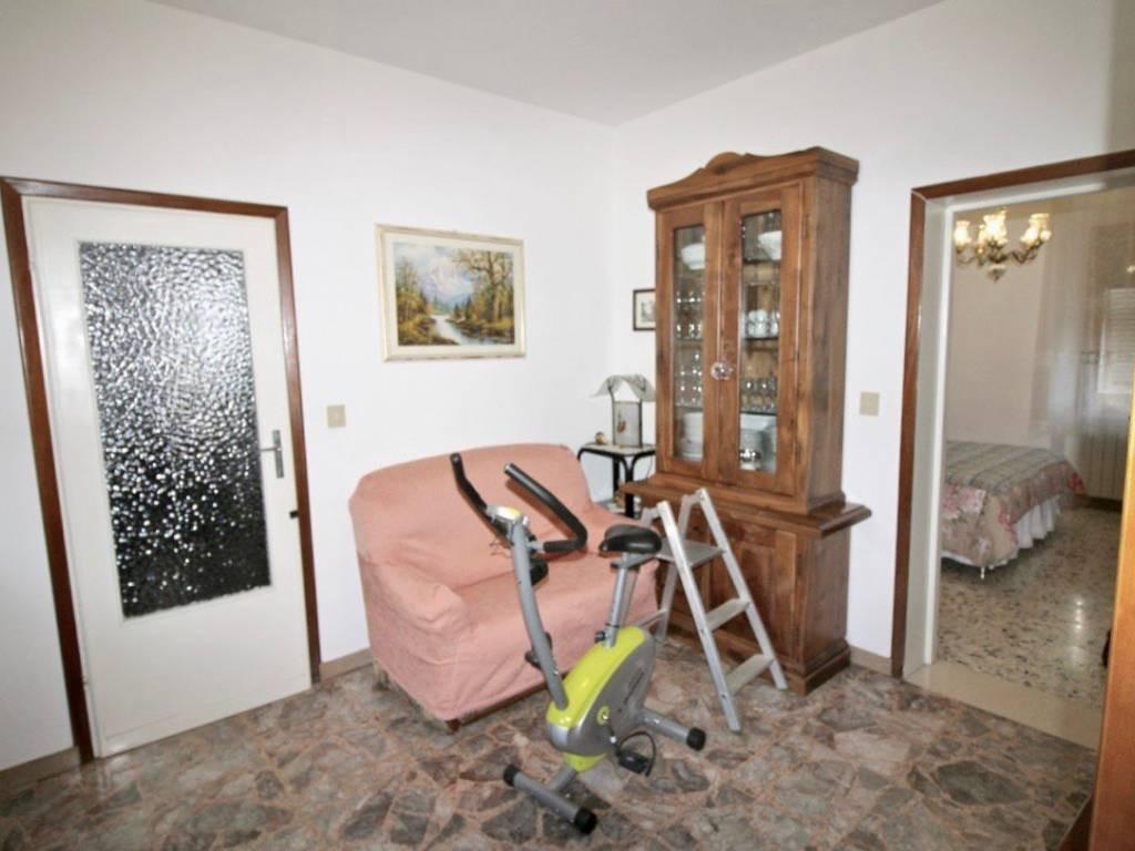 Appartamento in vendita a Calci, 4 locali, prezzo € 140.000 | PortaleAgenzieImmobiliari.it