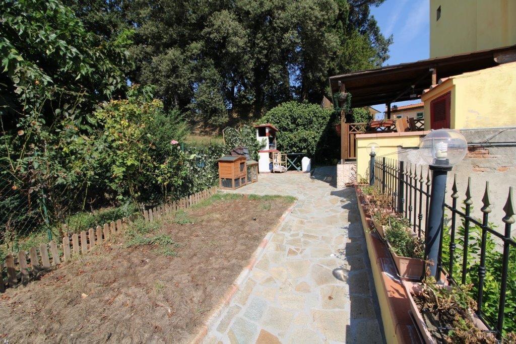 Appartamento in vendita a Capannoli, 3 locali, prezzo € 149.000 | CambioCasa.it