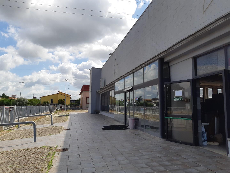 Capannone commerciale in vendita a Castelfranco di Sotto (PI)