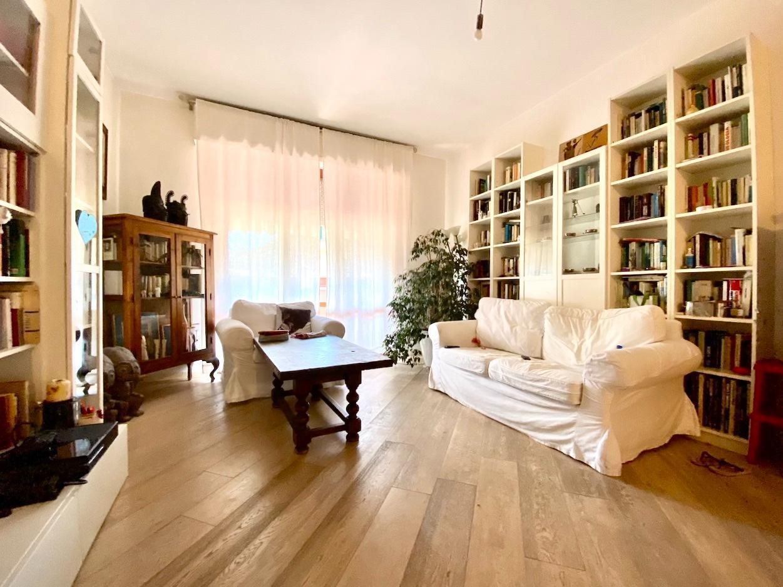 Appartamento in vendita, rif. LOG-472