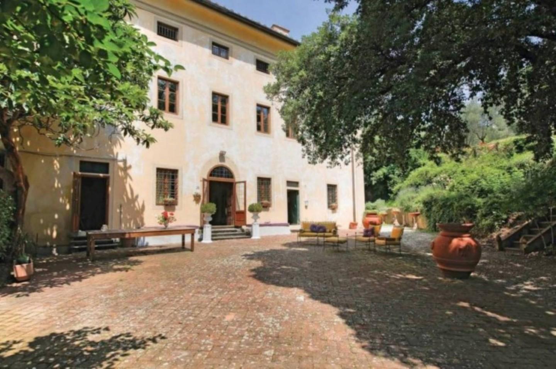 Edificio storico in vendita a Serravalle Pistoiese (PT)