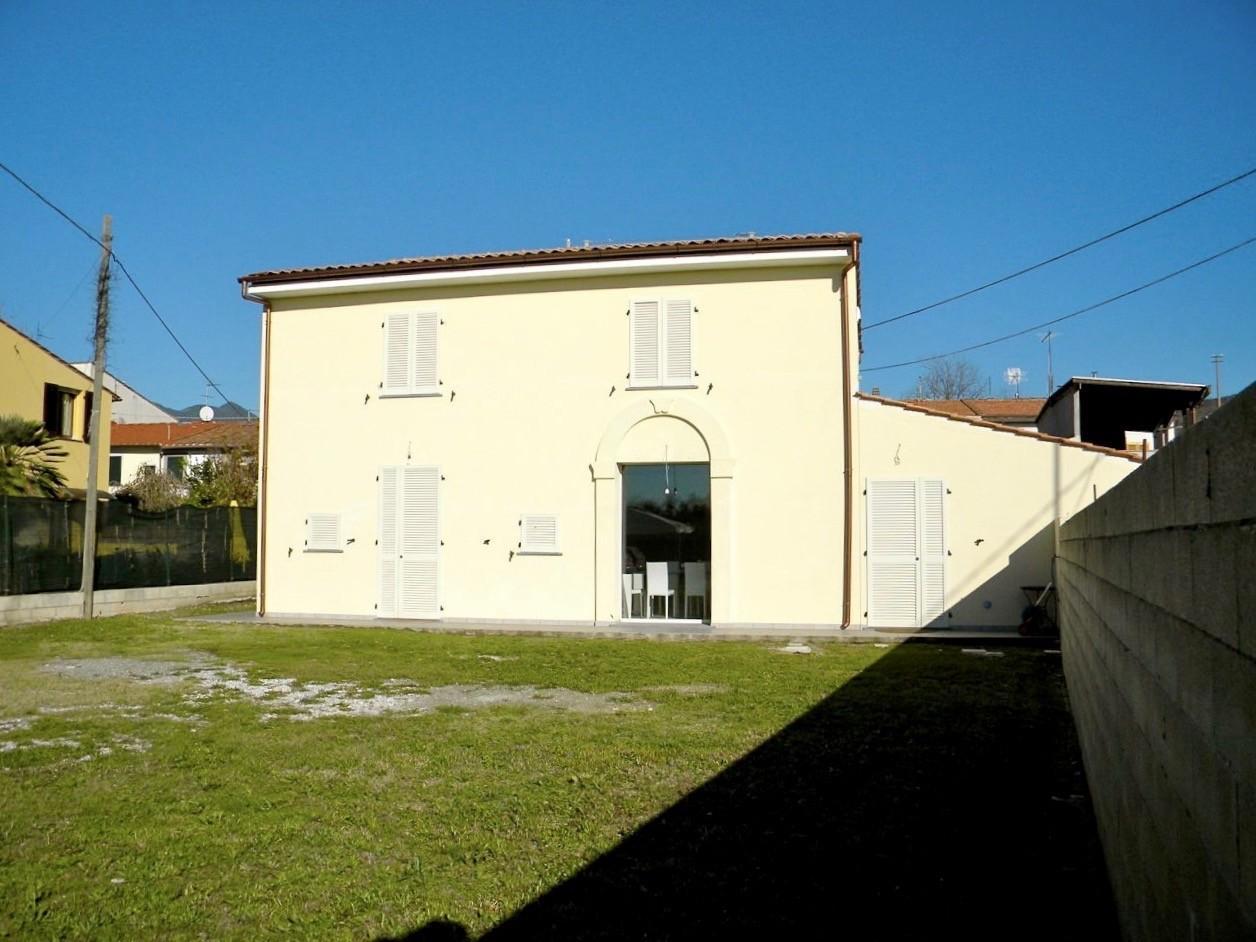 RUSTICO in Affitto a Zambra, Cascina (PISA)