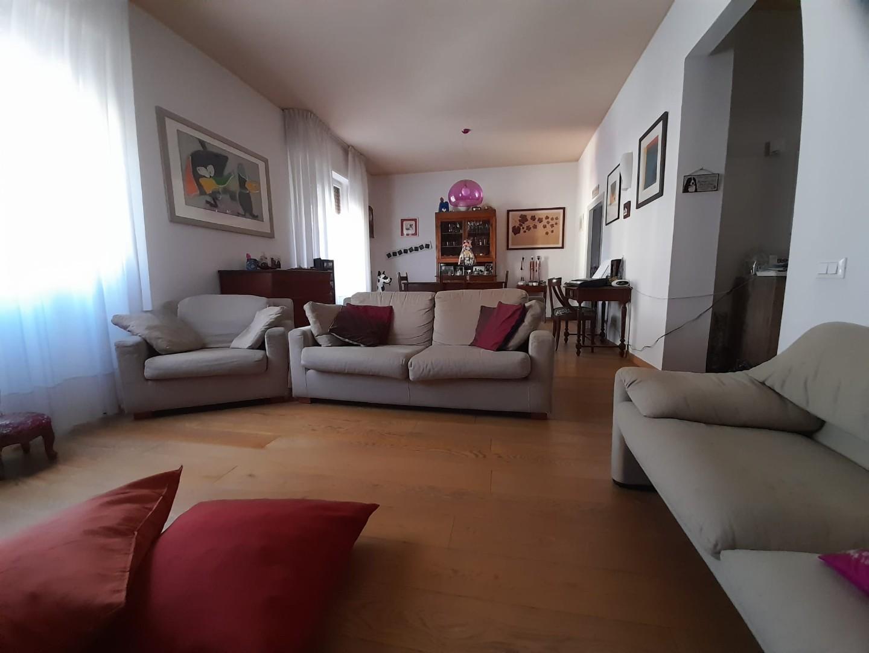 Appartamento in vendita, rif. 130