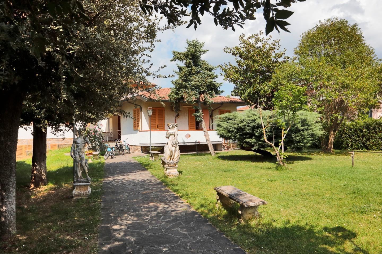 Villetta quadrifamiliare in vendita, rif. A50