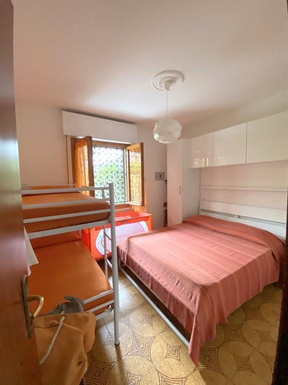 Appartamento in vendita - Marina Di Massa, Massa