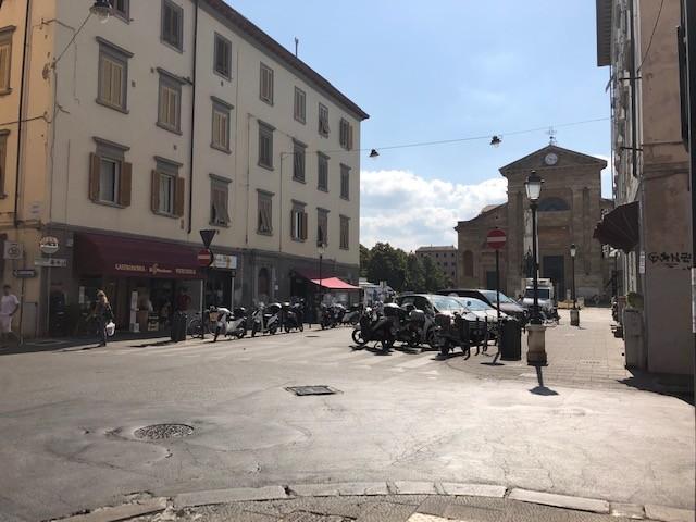 Posto auto in vendita a Livorno
