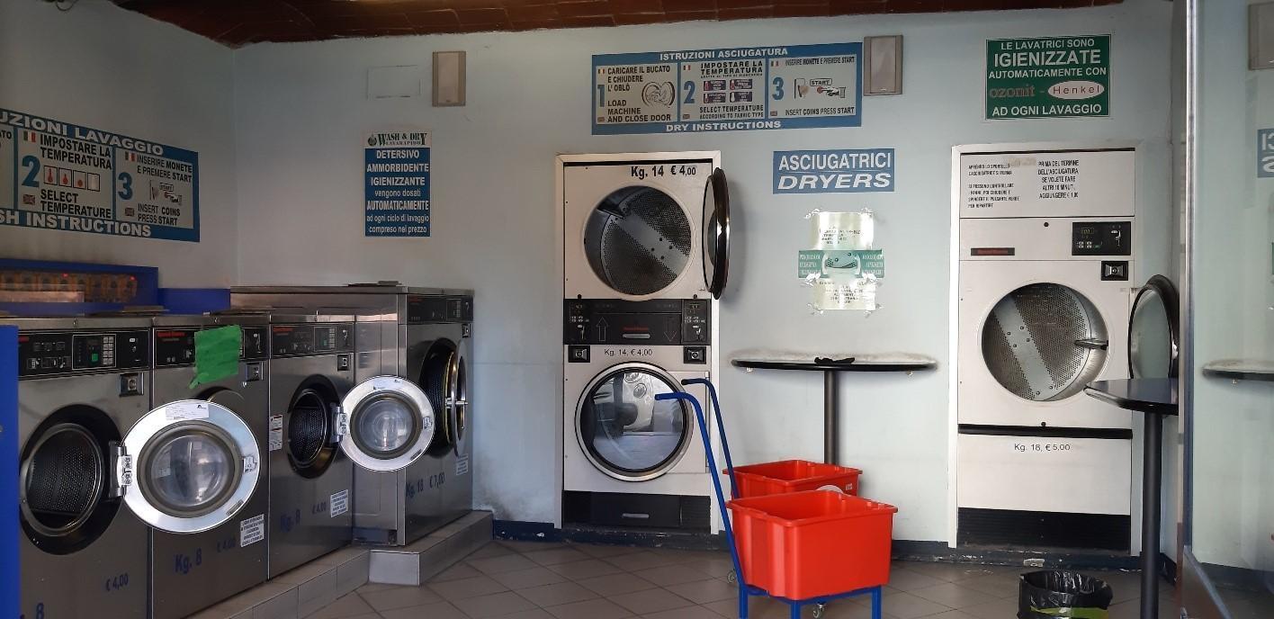 Lavanderia in vendita a Pistoia