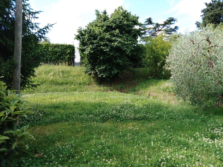 Foto 28/38 per rif. 1590