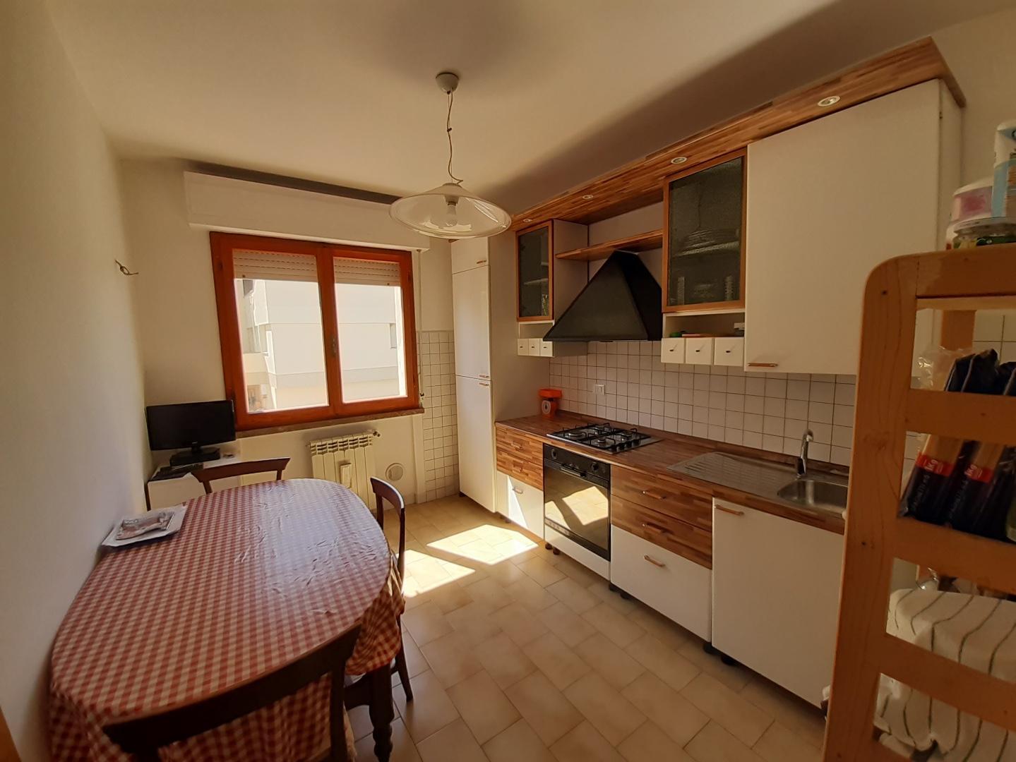 Appartamento in affitto, rif. a39/353