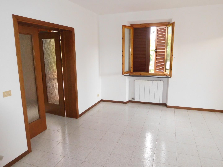 Villetta a schiera angolare in vendita, rif. 2126