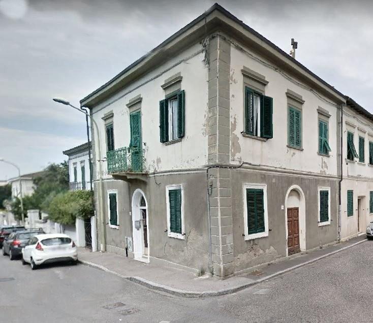Villetta a schiera angolare in vendita a Livorno